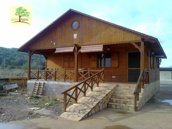 Casa de madera modelo segura for Casas de madera murcia