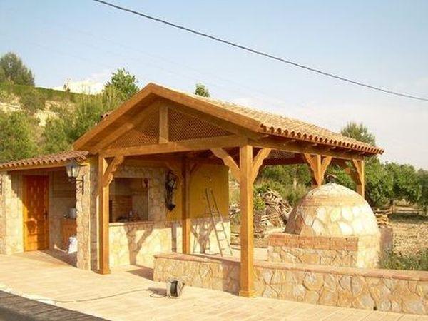 Pergolas dos aguas prefabricadas de madera for Modelos de techos metalicos para casas